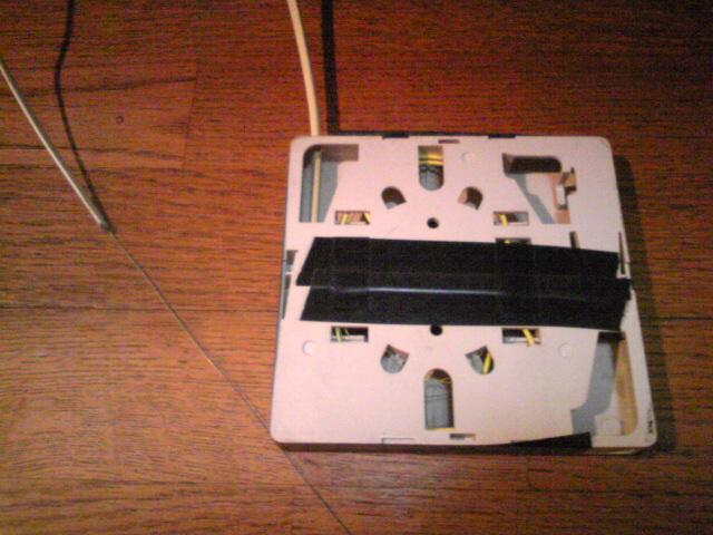 光ケーブル切断し、ネットに接続不能なる